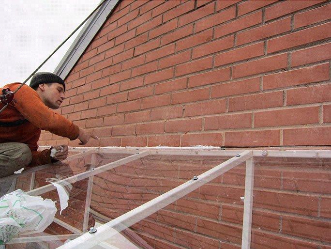 монтаж крыши из поликарбоната этап 6