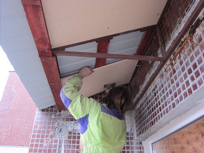 этап 5 монтаж крыши из пеноплекса