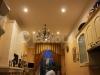 Тканевый натяжной потолок в классическом интерьере