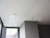 Сатиновый натяжной потолок с использованием технологии разделительного профиля.