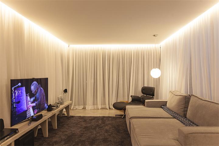 потолок с профилем с подсветкой