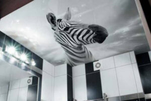уникальный потолок - зебра на потолке