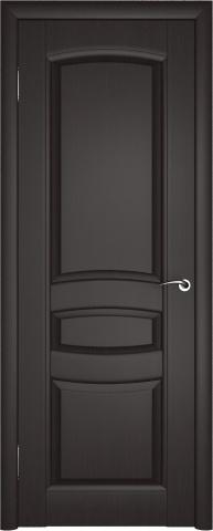 Классическая дверь в цвете венге - безупречный стиль.