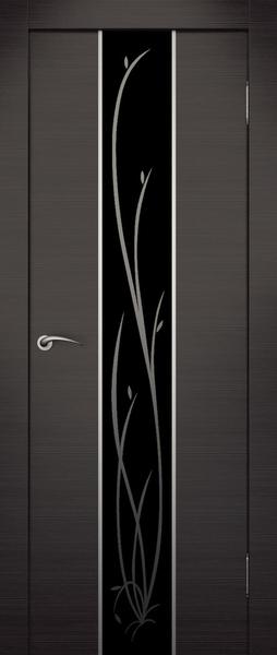 Стильная дверь с покрытием экошпон и художественным стеклом.