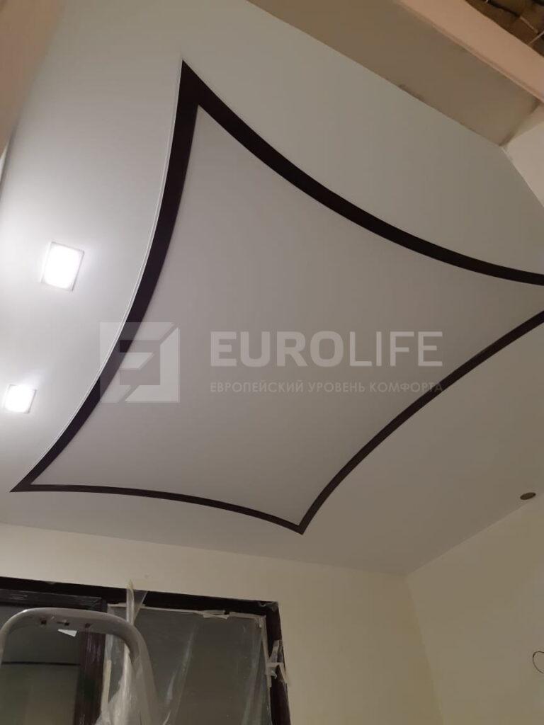 Световое окно из профиля VEKA с ламинацией махагон