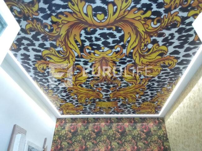 Подходящий потолок к обоям от Киркорова