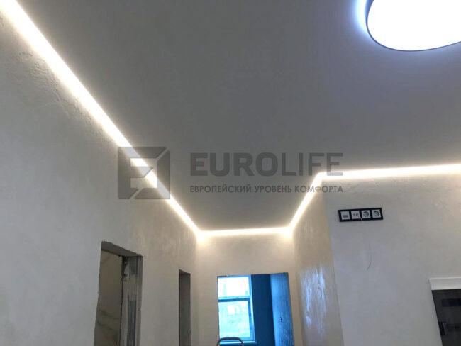 Потолки с теплой подсветкой в СПб становятся всё популярнее, раньше запрос на холодную ленту был выше