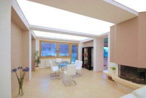 Световые потолки с подсветкой за полотном