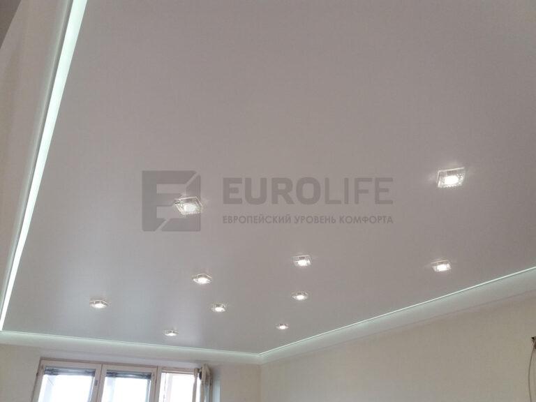 монтаж контурного полотна - потолок готов