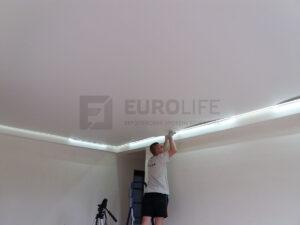 монтаж контурного полотна - заправка полотна с включенной подсветкой
