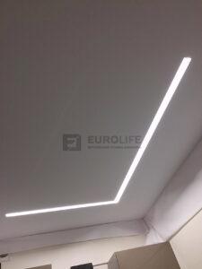 Световые линии черно-белый SLOTT в тканевом потолке