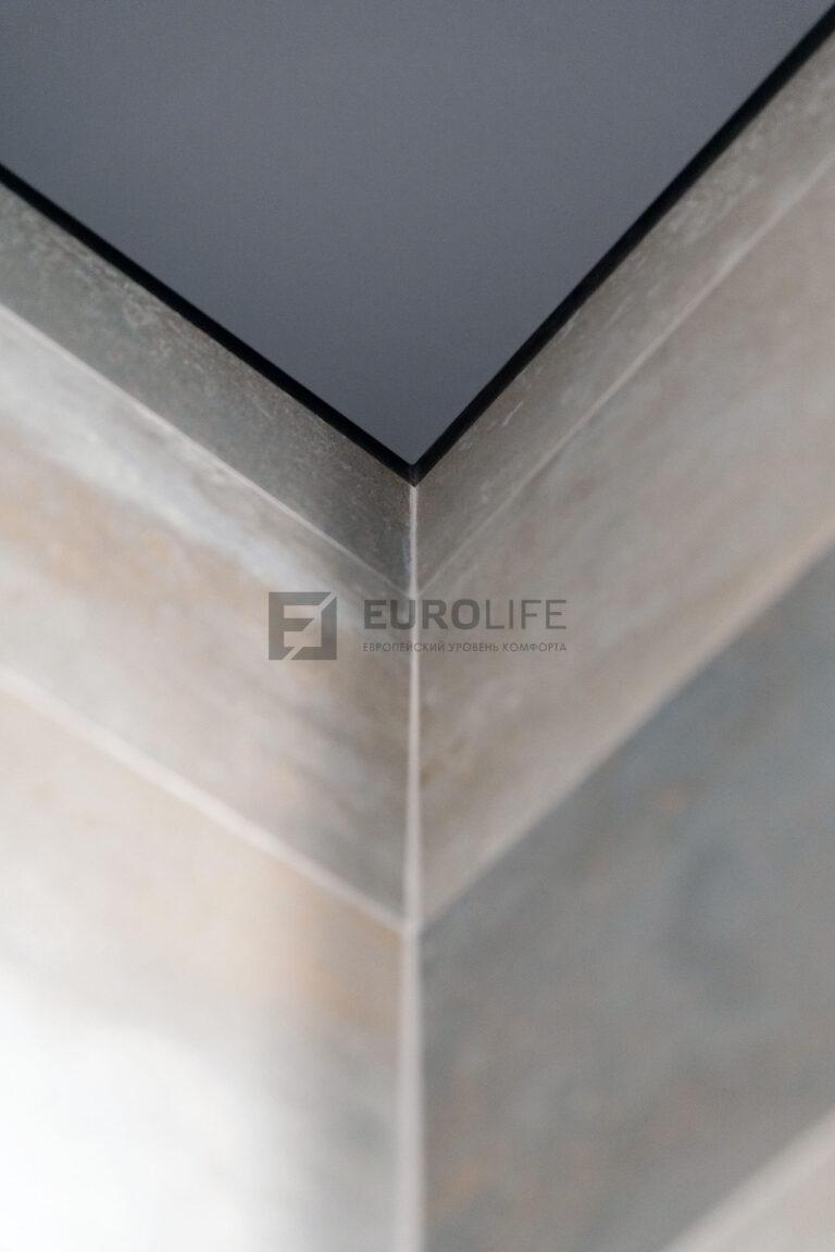 внутренний угол теневого потолка