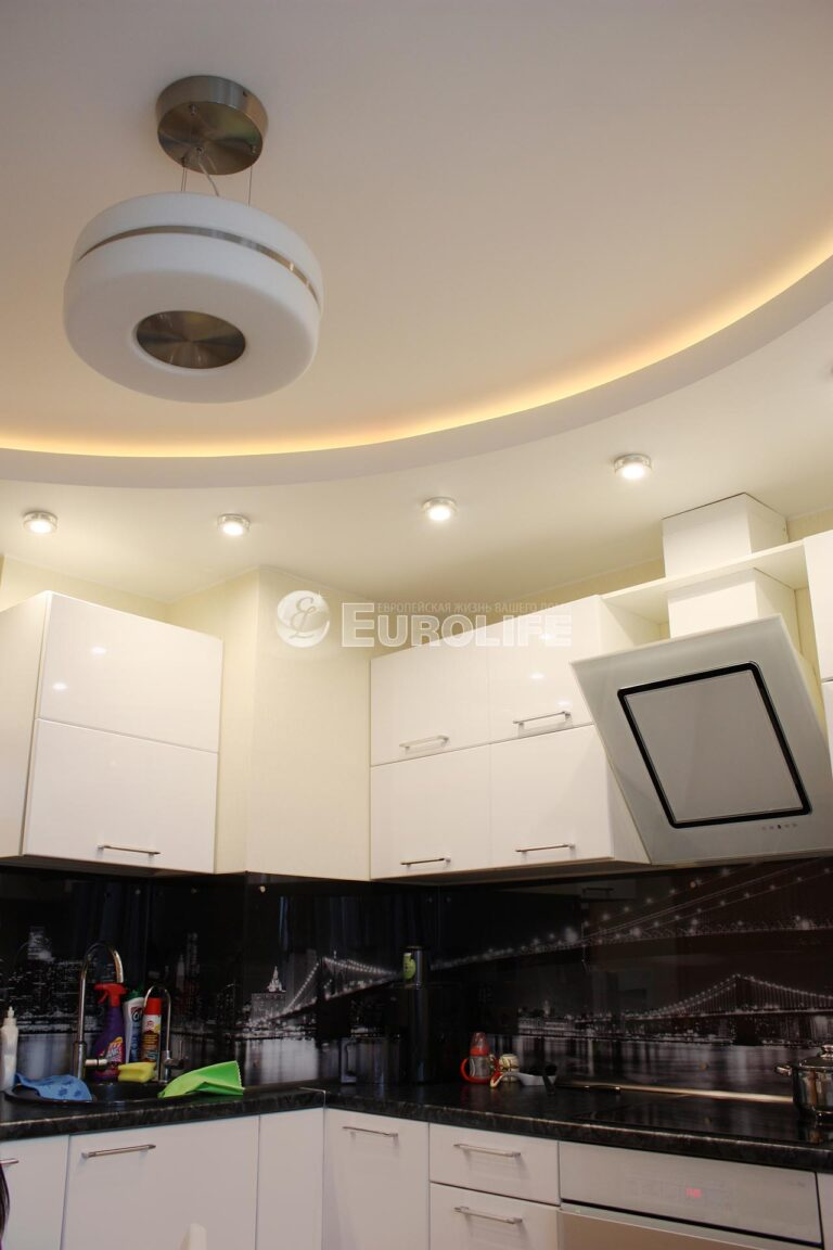 Двухуровневый потолок с закарнизным светом2
