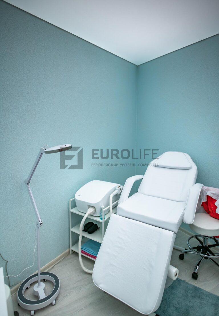 потолок в косметологическом кабинете
