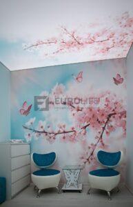 потолок с фотопечатью и полной засветкой в косметическом салоне СПб